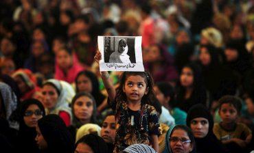 Meninas de pelo menos 70 países ainda são agredidas por querer estudar