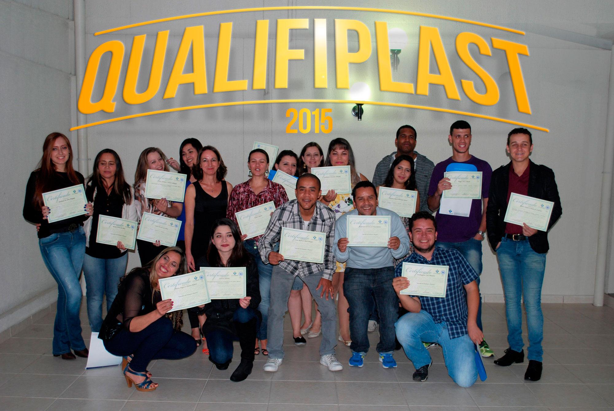Turma Qualifiplast 2015