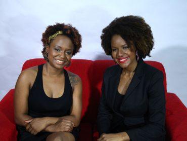 As irmãs Shirley e Sheila criaram o Makeda Cosméticos porque perceberam a dificuldade de se encontrar produtos para cabelos crespos e cacheados (Foto: Divulgação)
